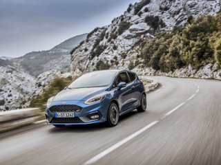 2018fordfiestastperformanceblue05.jpg