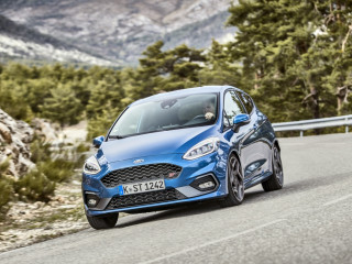 2018fordfiestastperformanceblue06.jpg