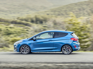 2018fordfiestastperformanceblue10.jpg