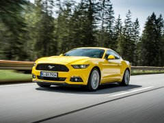 Ford Mustang Fastback-Coupé (2015) - Foto eines Ford PKW-Modells