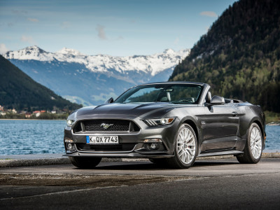Ford Mustang Convertible-Cabriolet (2015) - Foto eines Ford PKW-Modells