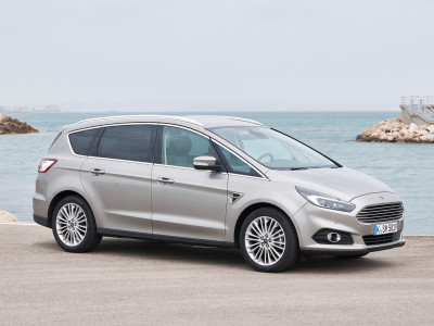 Ford S-MAX (2015) - Foto eines Ford PKW-Modells
