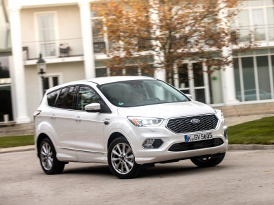Ford Kuga Vignale (2017) - Foto eines Ford PKW-Modells