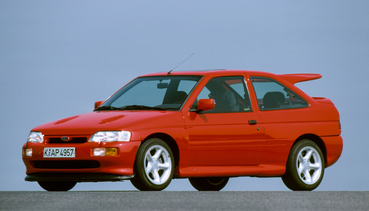 Ford Escort RS Cosworth (1992) - Foto eines Ford PKW-Modells